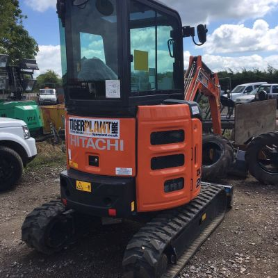 Hitachi 26u Mini excavator