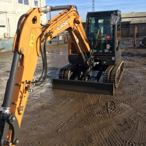 Case CX60C Midi Excavator Hire Swindon