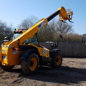 7m Telehandlers & Forklifts Hire