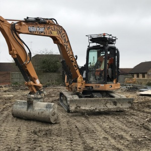 Case CX80 Midi Excavator hire Swindon